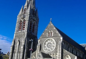Cathedral Square เอกลักษณ์ของ Christchurch